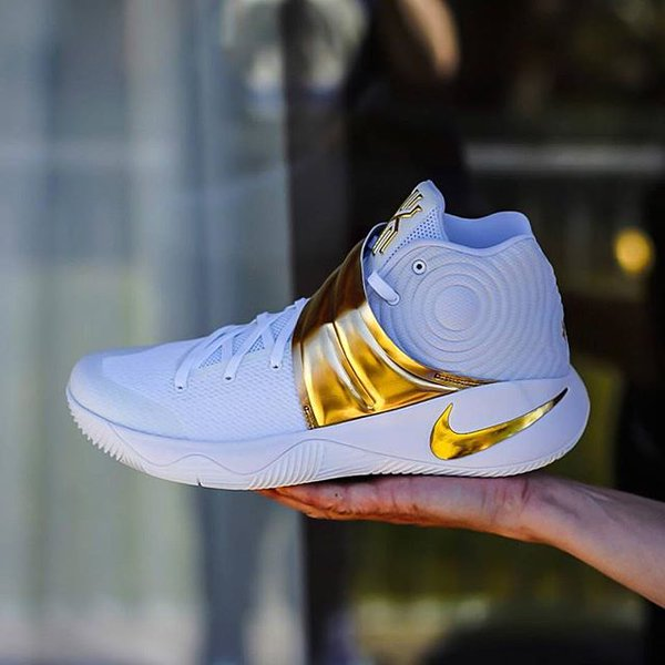 watch bebdf 6cee7 ... kyrie 2 white gold 450 PM - 21 Apr 2016 ...