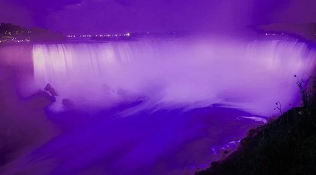 Niagara Falls is lit up purple for PRINCE