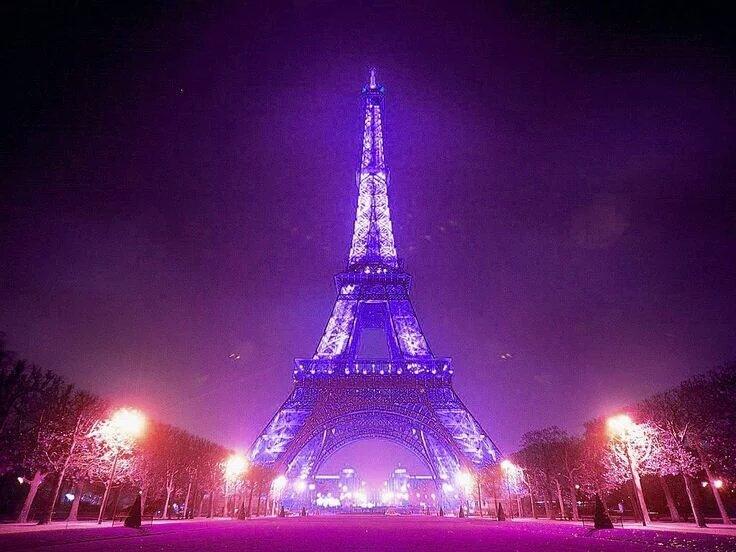 The world is purple tonight. https://t.co/POFYilCSEV