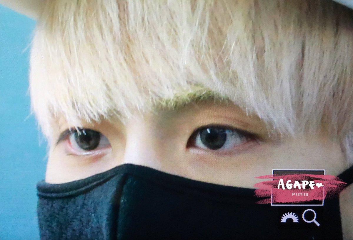 160422 Jonghyun @ Aeropuerto Incheon {Rumbo a Japón} Cgoq3r8U0AARjPo