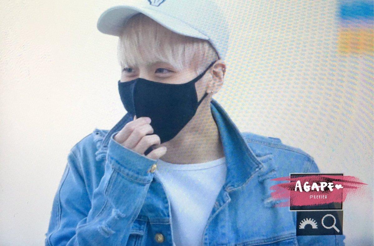 160422 Jonghyun @ Aeropuerto Incheon {Rumbo a Japón} Cgoqf8iUYAEylgL