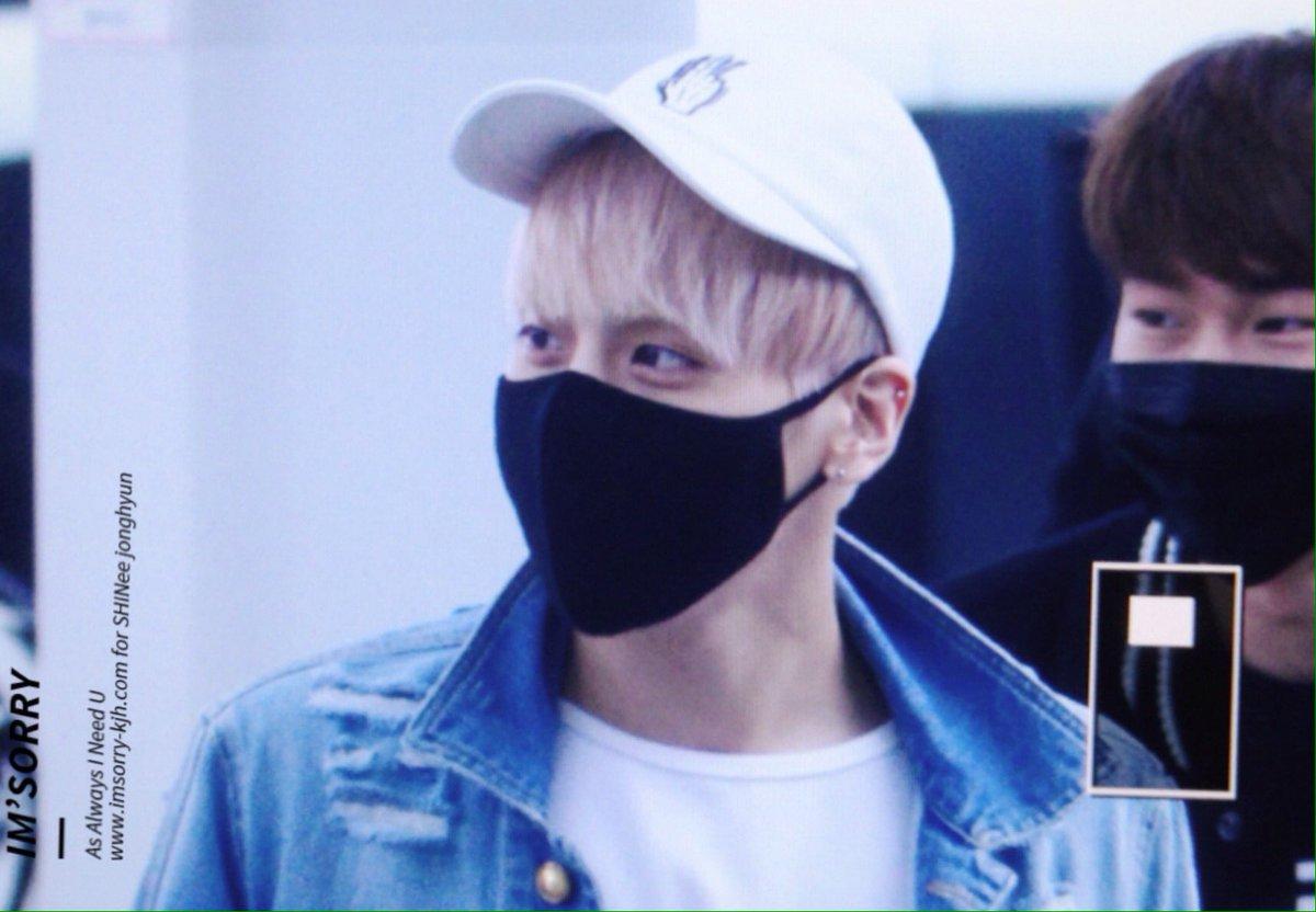 160422 Jonghyun @ Aeropuerto Incheon {Rumbo a Japón} CgotgcMUcAYNLGh