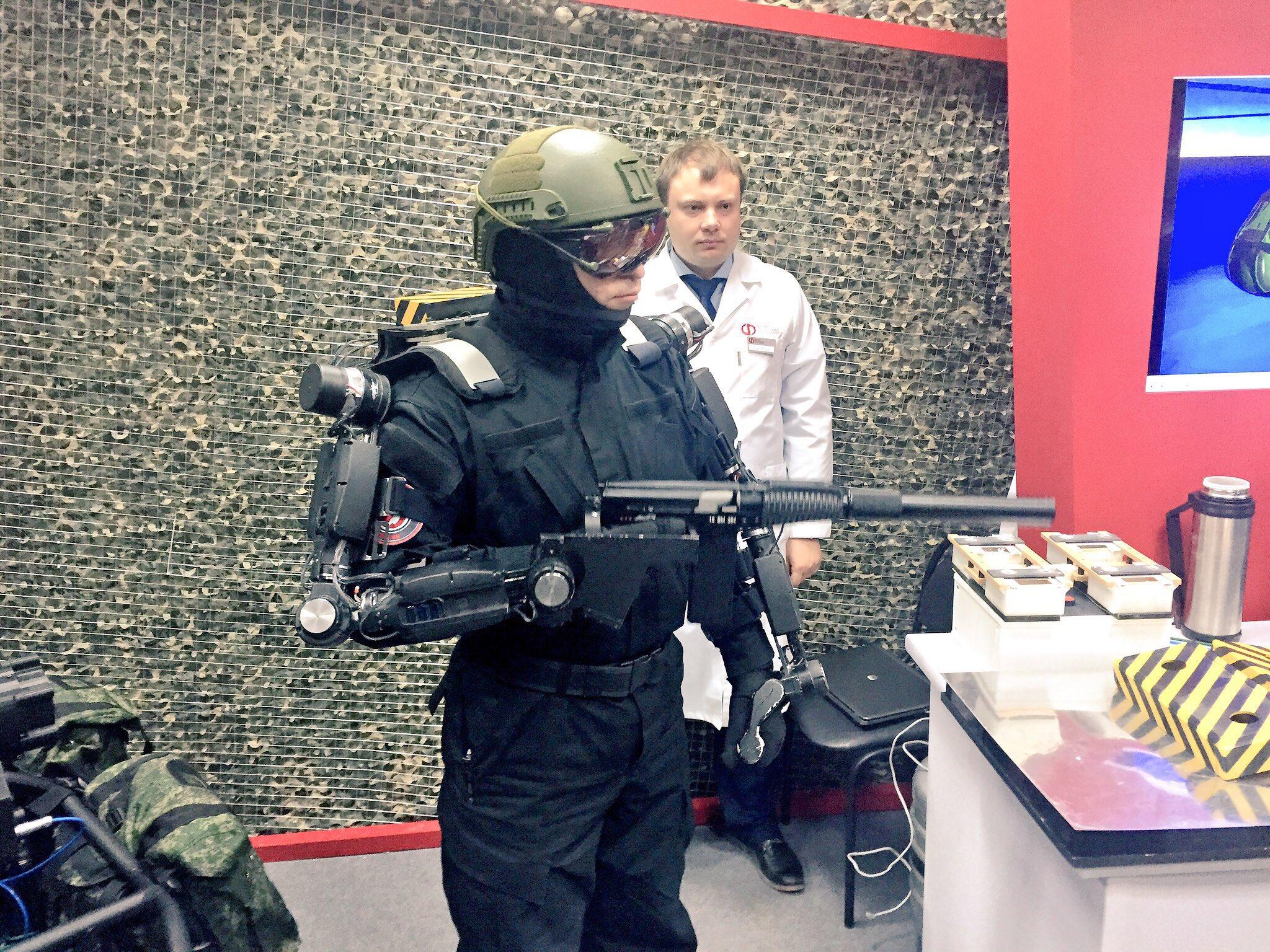 Russian Army Robots - Page 10 CgpPqYzW0AAqBpH