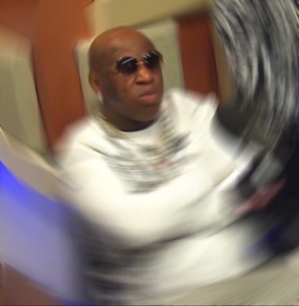 Birdman: Lucky I aint pull up on u plehboi Charlamagene: Did you pull up on Ross and Trick the same way? https://t.co/a8zaB3VYNv