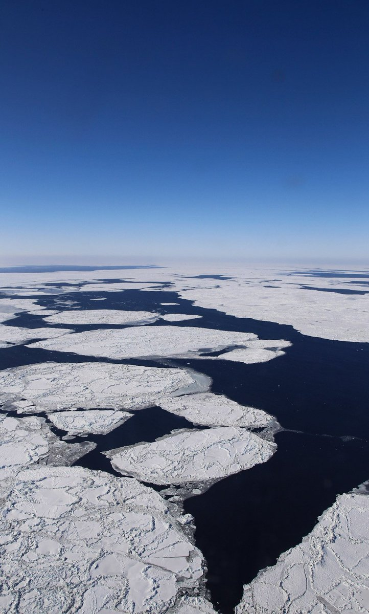Happy #EarthDay! Here's some photos of 1 of the fastest-changing regions of our planet: the Arctic (via #IceBridge) https://t.co/g9cWh52ElM