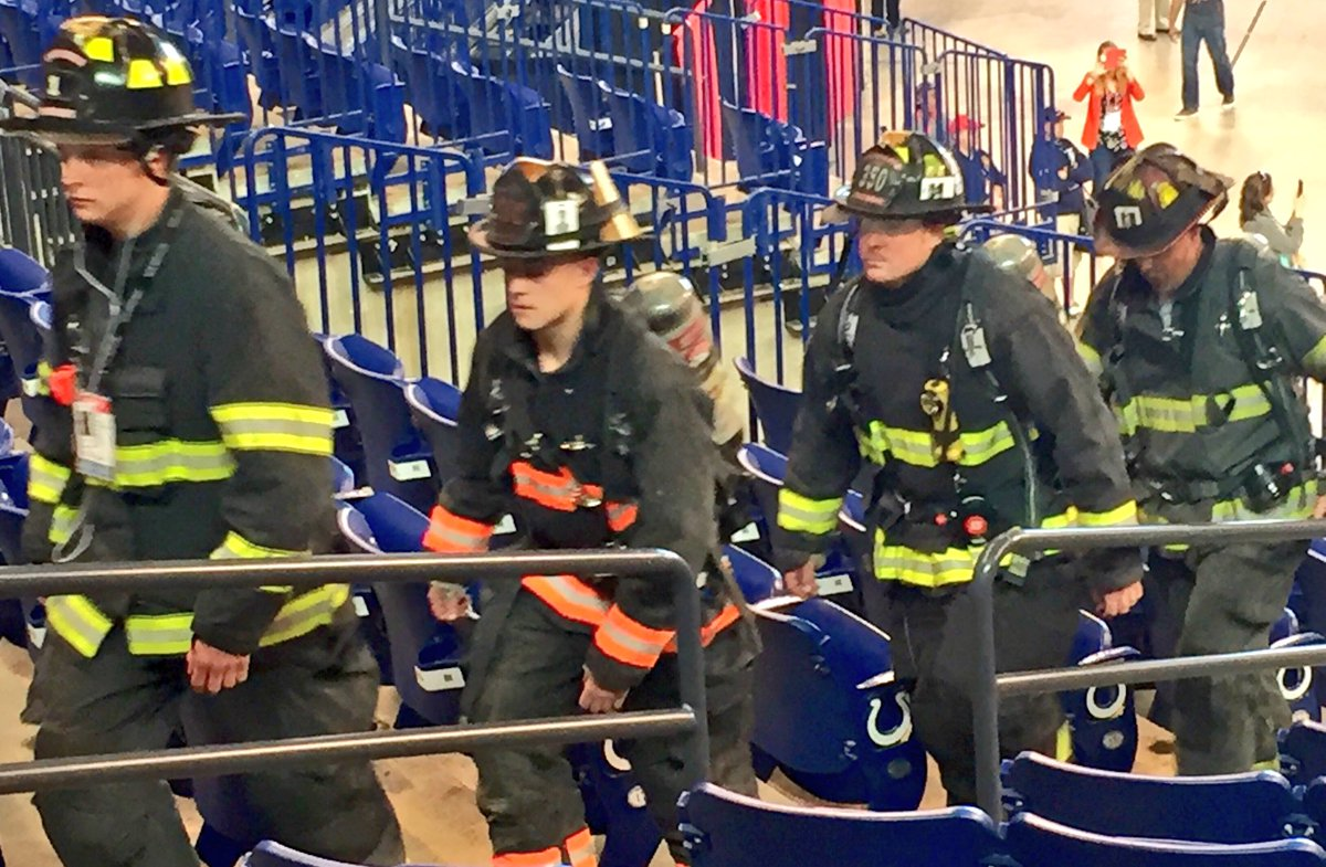 Let us never forget our firefighters who climbed 110 stories on 9/11. You are our heroes. #FDIC2016 https://t.co/UISl3yl4uB