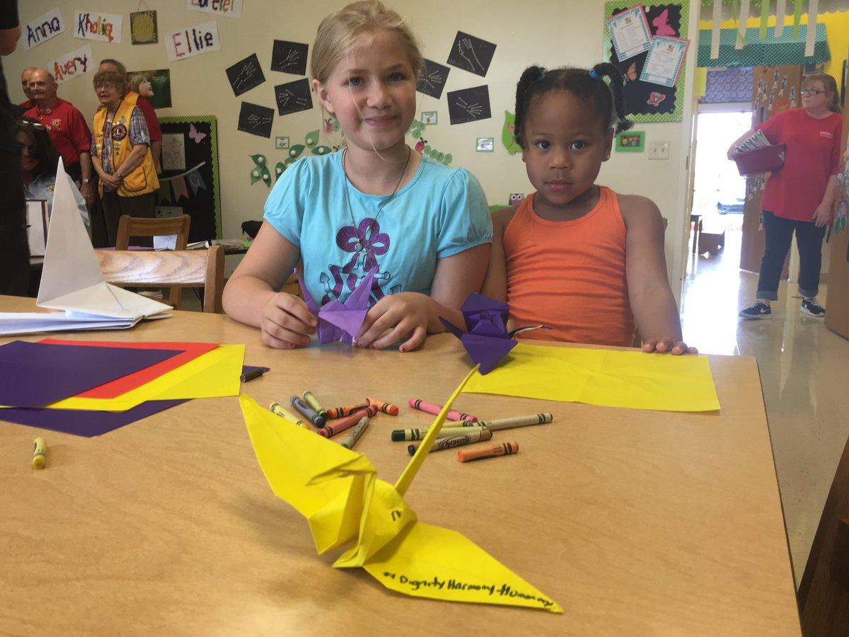 @Knightsdale Preschool making paper cranes #dignityharmonyhumanity https://t.co/MI8yCQsFbM
