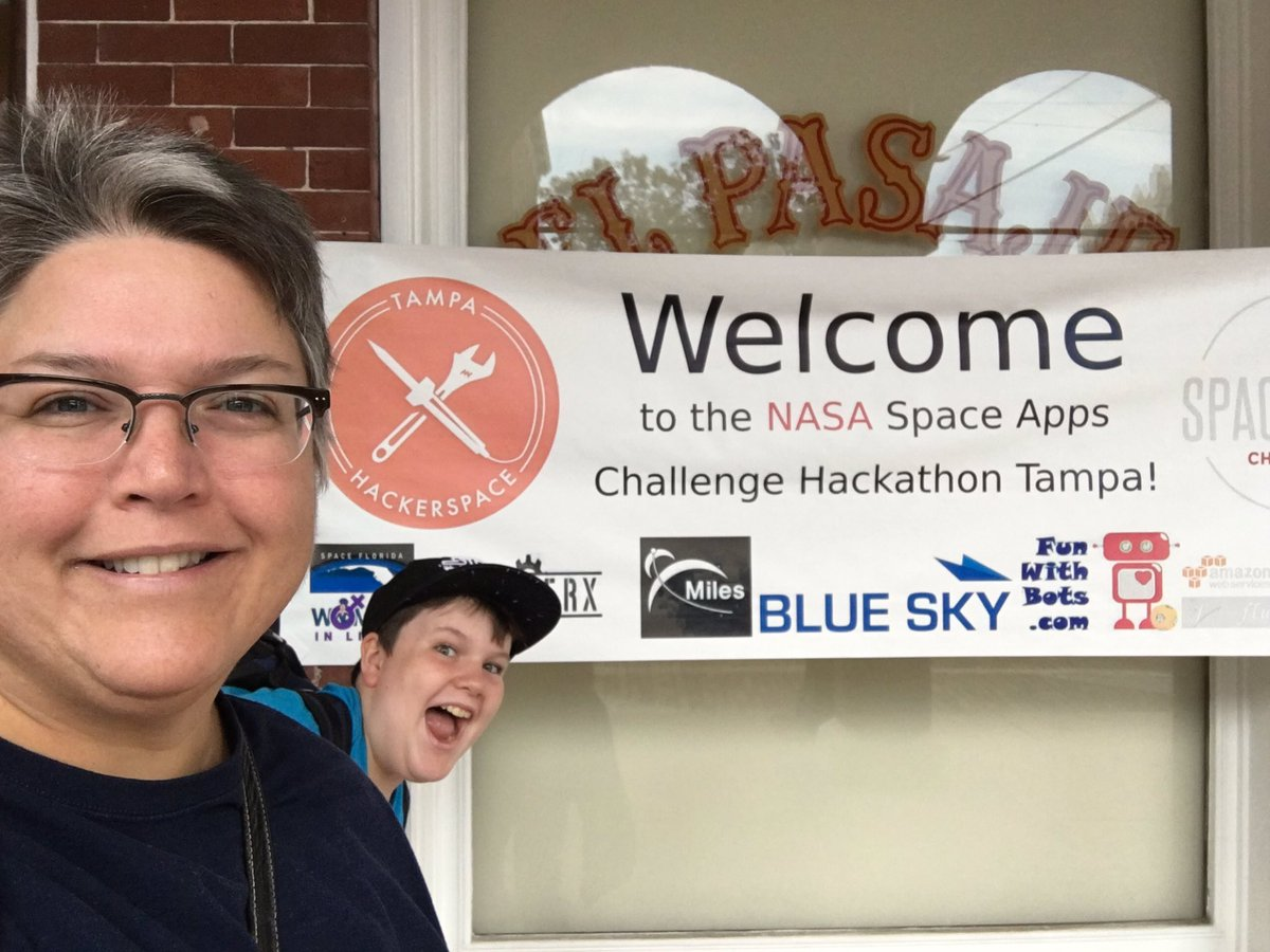 Ready to hear the challenges! @HackTampa @sofwerx #SpaceAppsTampa #SpaceApps https://t.co/DgWITqVhyu