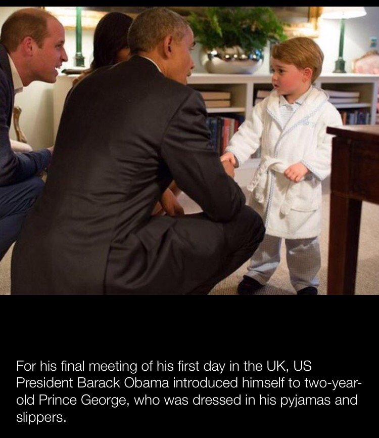 ให้มันรู้กันว่าใครเจ๋งกว่า  เจ้าชายจอร์จใส่ชุดนอน รองเท้าแตะ ทักทายโอบามา ... บีบีซี https://t.co/8zyYfvlsCV