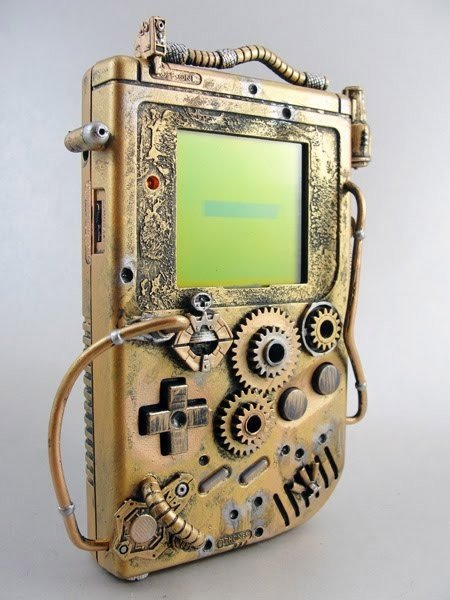 #Geek Awesome of the Day: Golden #Steampunk #Nintendo #Gameboy with Cogs & Wires  via @PlaneteNextGen #SamaGeek