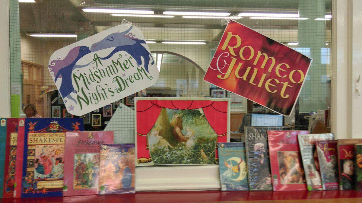 #shakespeare16 another great display this time from #Wombwell Library @BarnsleyCouncil https://t.co/LE1gf0Tp8T