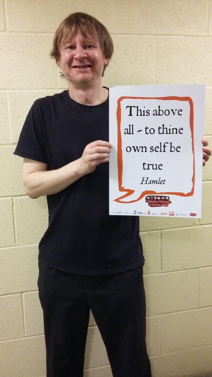 Central Library staff taking part in #shakespeare16 :) #Hamlet #shakespeareselfie #shakespeare400 #Barnsleyisbrill https://t.co/w124KIOqfM