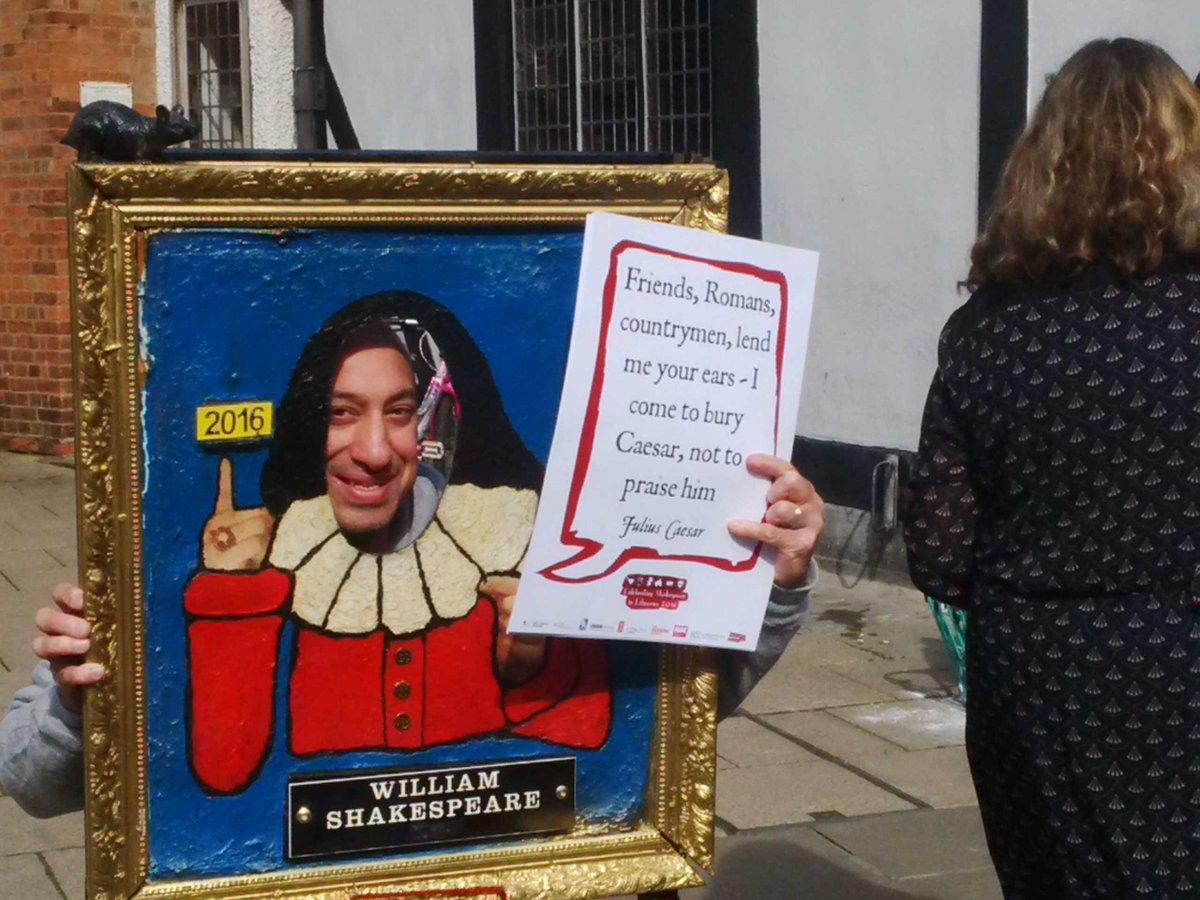 #shakespeare16 @ayubkhan786 @warkslibraries #shakespeareselfie #lovelibraries https://t.co/K1YHPy6AP4