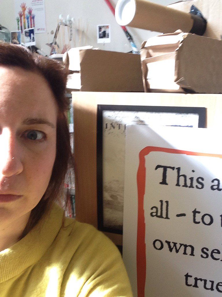 It's official- I'm rubbish at taking selfies! Next post will show you the poster & its quote properly #Shakespeare16 https://t.co/Fhfe7ud5He