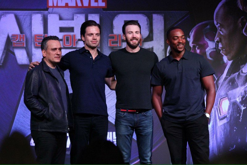 Chris Evans And Sebastian Stan Civil War