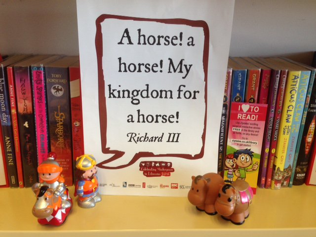 A horse! a horse! My kingdom for a horse! - Richard III #shakespeareselfie #shakespeare16 @readingagency https://t.co/NK6bBi1MUR