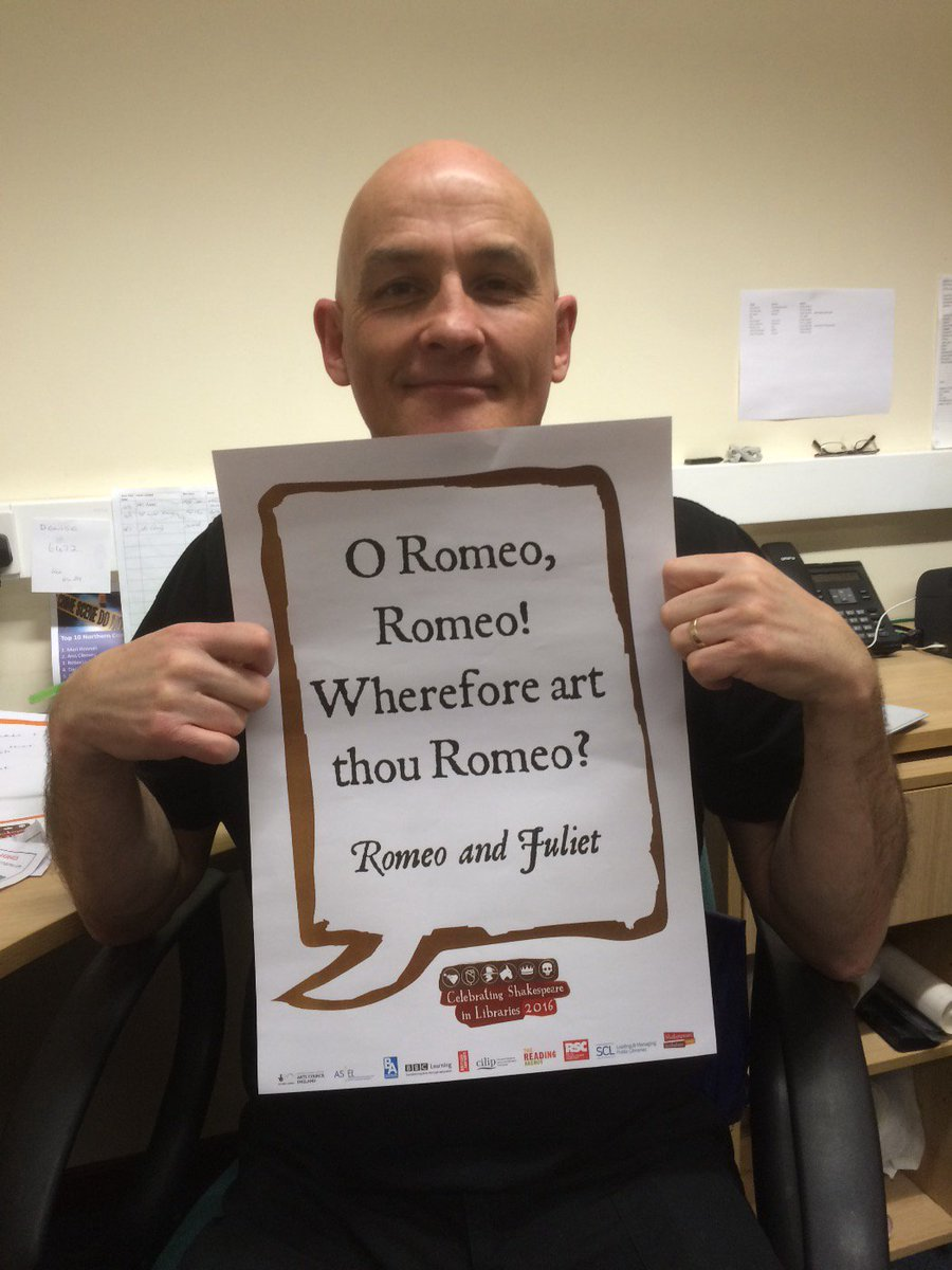 Hark! What lies before us? #jovialjanitor John again! Different library different #Shakespeare400 #shakespeare16 https://t.co/DG4SIOc7ex