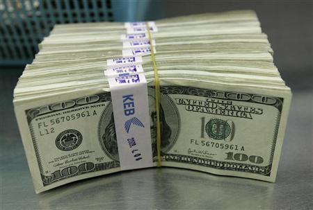 الدولار يتخطى الـ11 جنيهًا في السوق السوداء