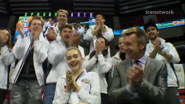 Елена Радионова - 3 - Страница 6 CgxrIPsUUAAc_Ji