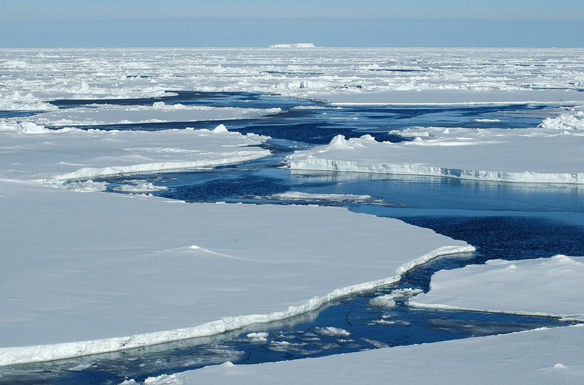Вчені США повідомили про скорочення площі льодів в Арктиці