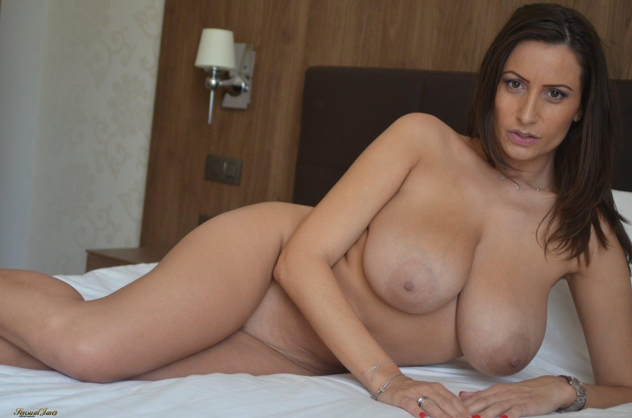 Ellen page nude in tallulah 2