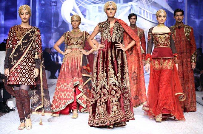 Kolkata Fashion Expo On Twitter Top 5 Fashion Designers Of India Https T Co Rr0qwo06zg