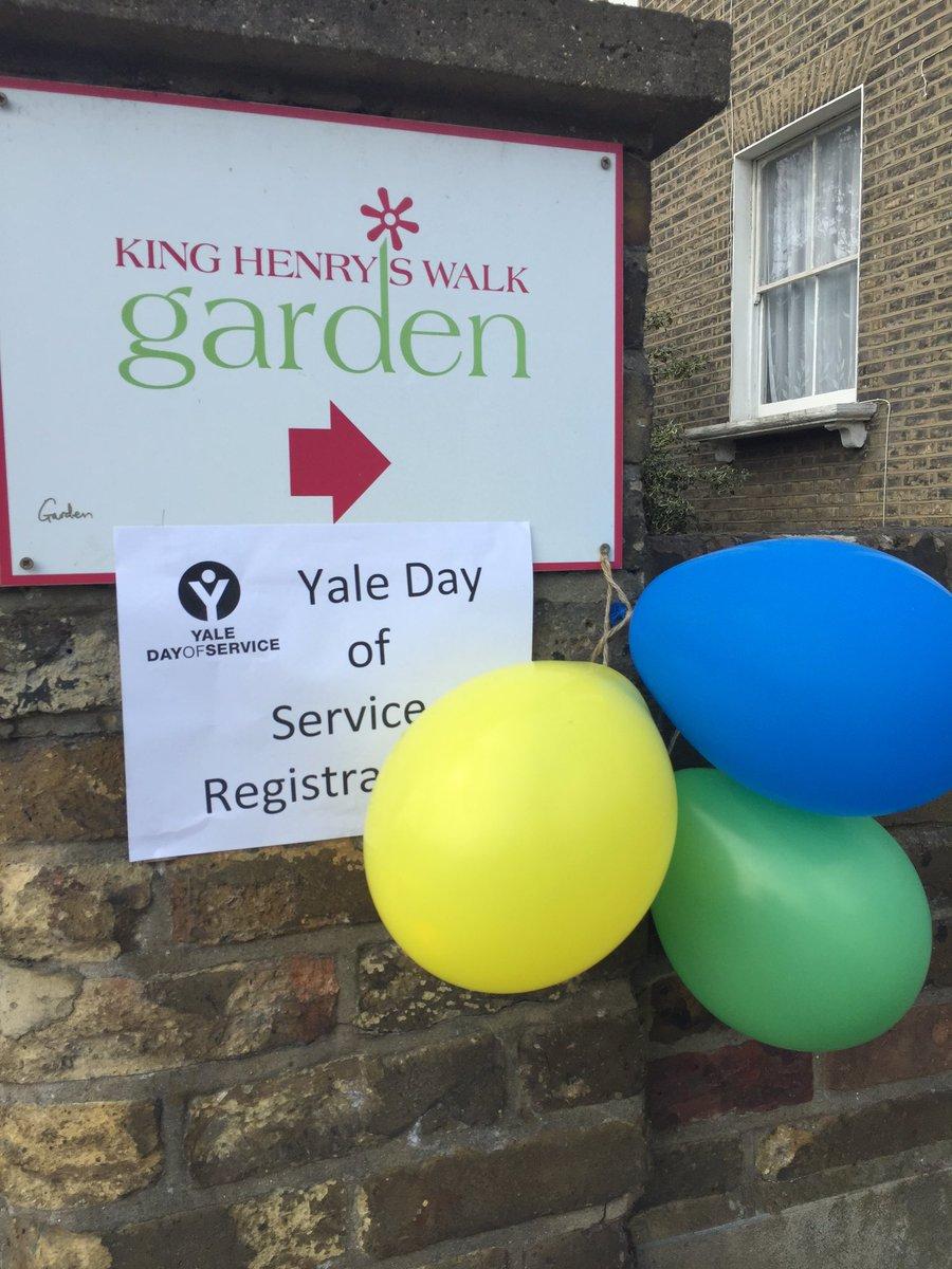 Happy Yale Day of Service from London! #YDOS cc @YaleAlumni https://t.co/zAEVjwC01L