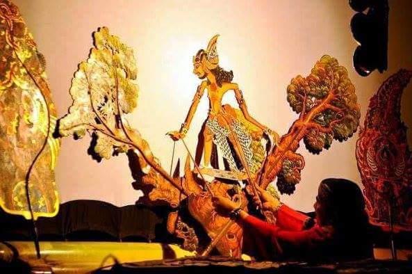 "Sbg bntk plestarian budaya, @YudhartaNesia gelar wayang ""DEWA RUCI"" @EnthusSusmono @TVRINasional #BudayaNusantara"