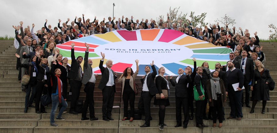 The ENB+ summary of the #jumpstartSDGs conference is now available. #SDGs @SDGsGermany https://t.co/Z3RvzBWhM8 https://t.co/gRRj3R6B5p