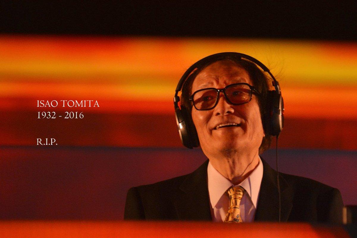 冨田勲先生が5/5子供の日に惑星に旅立たれました…享年84歳。晩年は大変親しいお付合いをさせて頂いておりましたので、親を失ったような気分です…どうか先生の御霊の安らかならんことを(続→)https://t.co/iqEOVRKSpo https://t.co/JRiwCnPK0S
