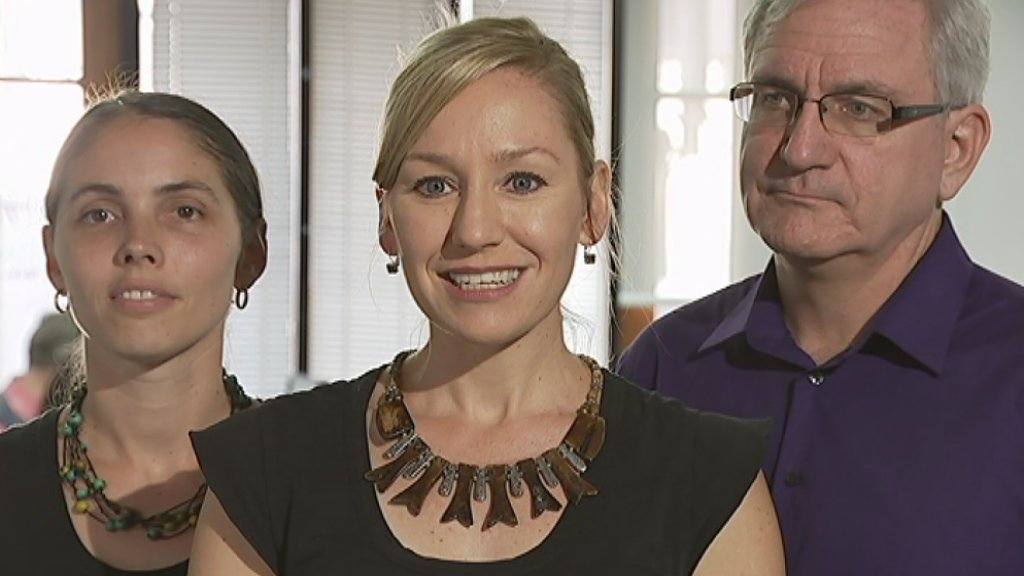 Sen. @larissawaters says the Greens offer protection for the reef, clean energy economy, decency for asylum seekers https://t.co/3aQmEAEqY3