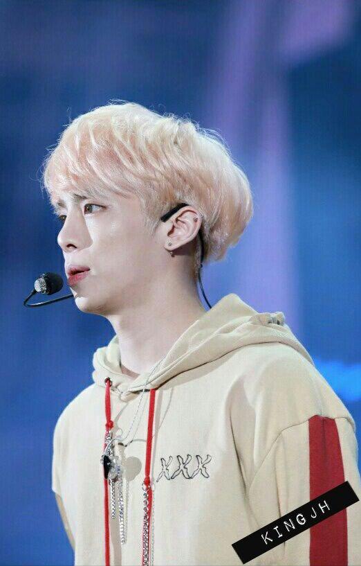 160507 Jonghyun @ Korea Times Music Festival en LA Ch6wypdUUAEE0gU