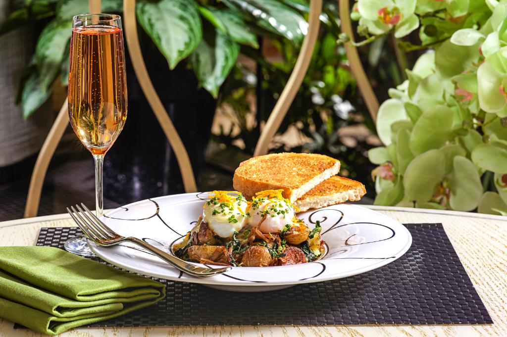 Jardin is the perfect place to enjoy a mothersday brunch for Brunch jardin
