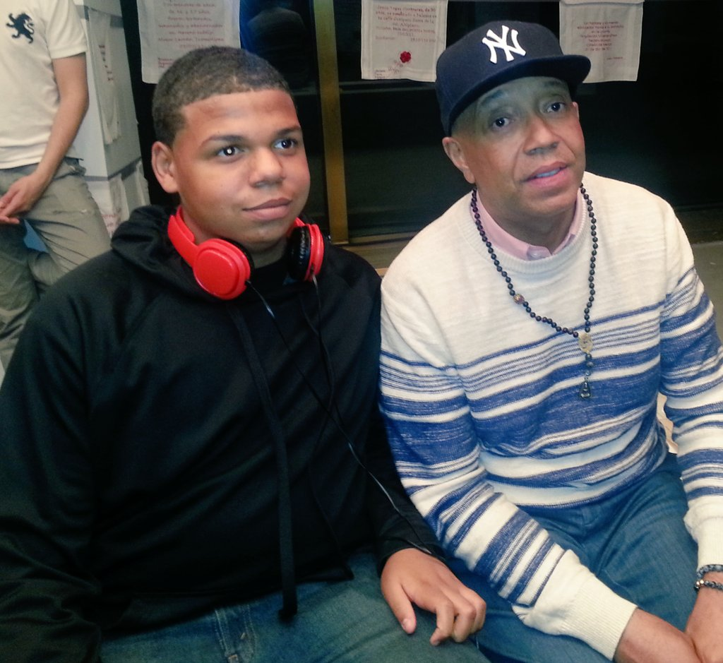 RT @BxBossLady: My son @JustGreatKicks w/ @UncleRUSH u shoulda believed in @TheSaltNPepa #youreforgiven 😆 Thanks 4 inspiring my son. https:…
