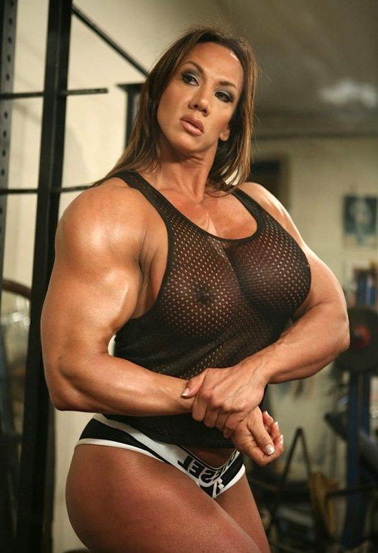 Lesbian female body builder