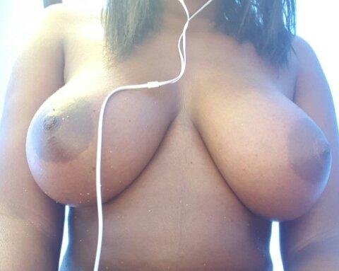 Nude Selfie 5192