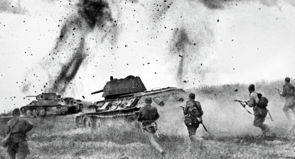 """""""Brujas de la noche"""": Las guerreras soviéticas que hicieron temblar a Hitler Ch926HnWEAEK6YX"""