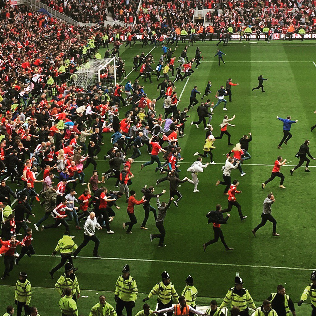 This photo that I took through gritted teeth with phone at #Boro has become my 2nd most popular on Instagram. #UTB https://t.co/wi3nOQzmFn