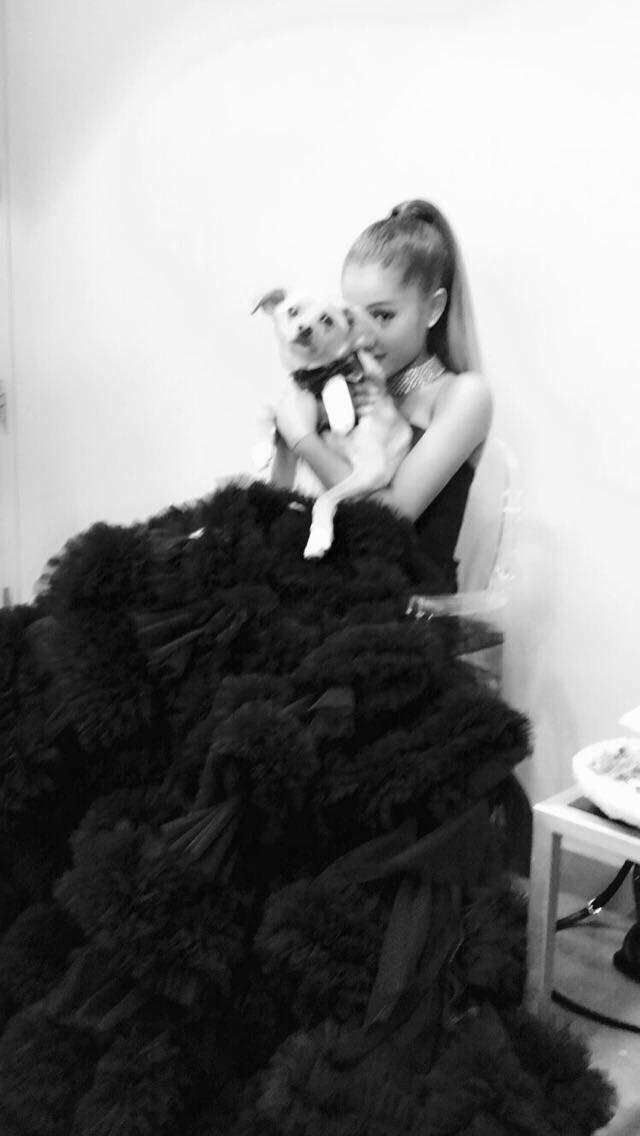 Ariana Grande Wears World S Ugliest Dress To The Time 100 Gala