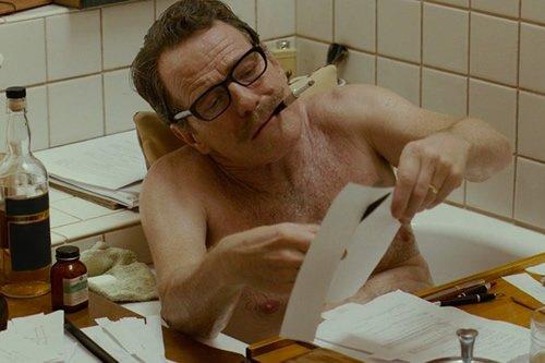 RT @Citazine Ce mercredi au #cinema, @BryanCranston incarne #DaltonTrumbo, scénariste banni d'Hollywood > https://t.co/C0JMAUdwVT