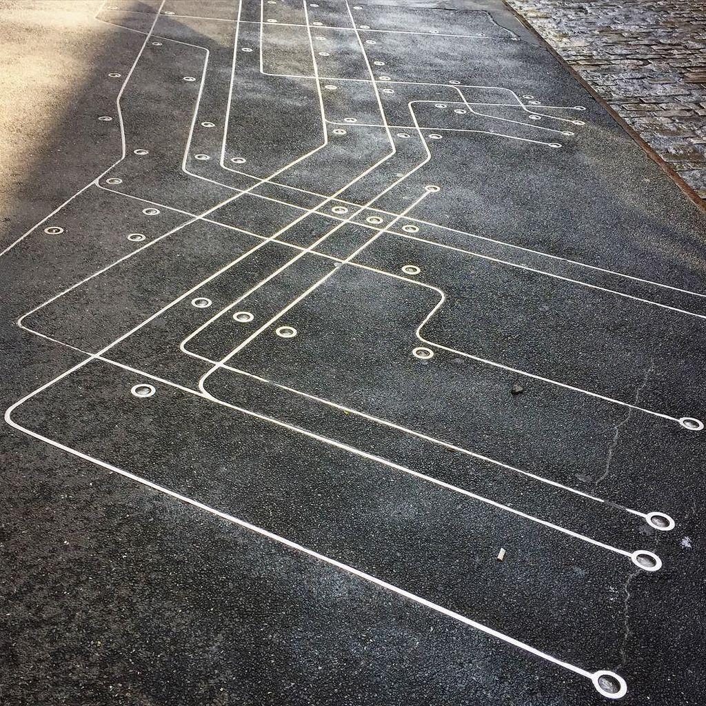 Sidewalk Subway Map Nyc.Gail Amurao On Twitter 112 366 A Subway Map On A Sidewalk In