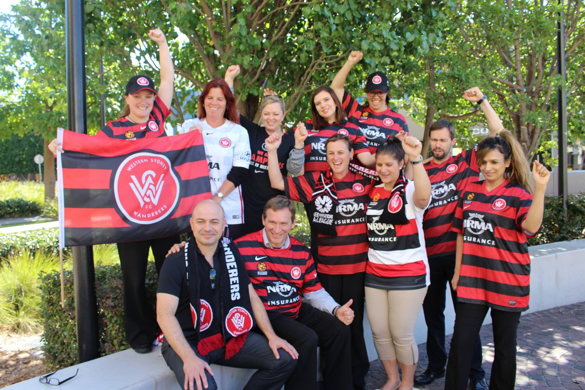 """Let's make it """"Red & Blacktown"""" to support the @wswanderersfc ahead of this Sunday's Hyundai A-League Grand Final! https://t.co/qUQsNWhPio"""