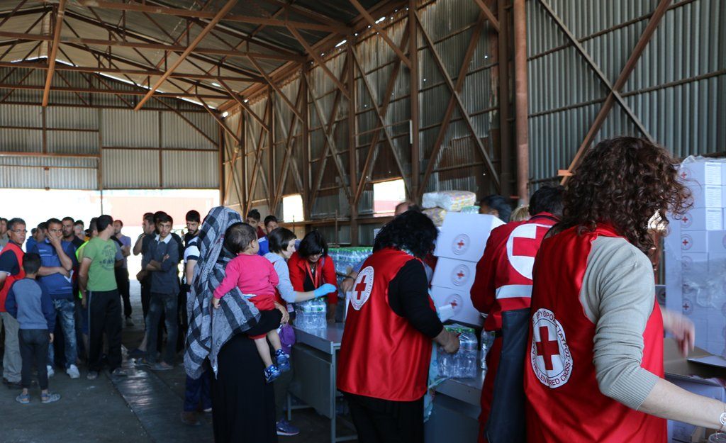 IFRC_MENA: RT Federation: 50k remain stranded in #Greece. We're increasing support at Skaramagas camp … https://t.co/UP40MsEshl