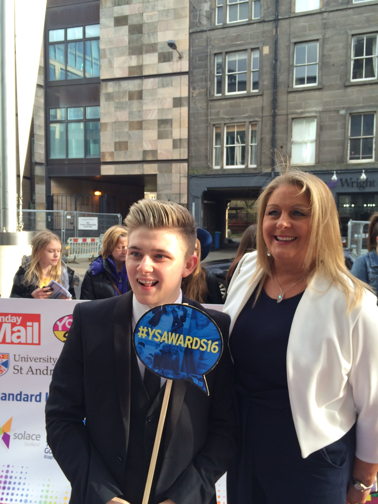 RT @ScotWhatsOn: .@nickymcdonald1 and his Mum have arrived on the red carpet! #YSAwards16 https://t.co/oSClNsv4YU