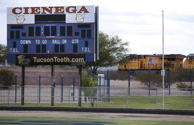8 Cienega High softball players suspended over hazing prank https://t.co/6xmzN1EFJG