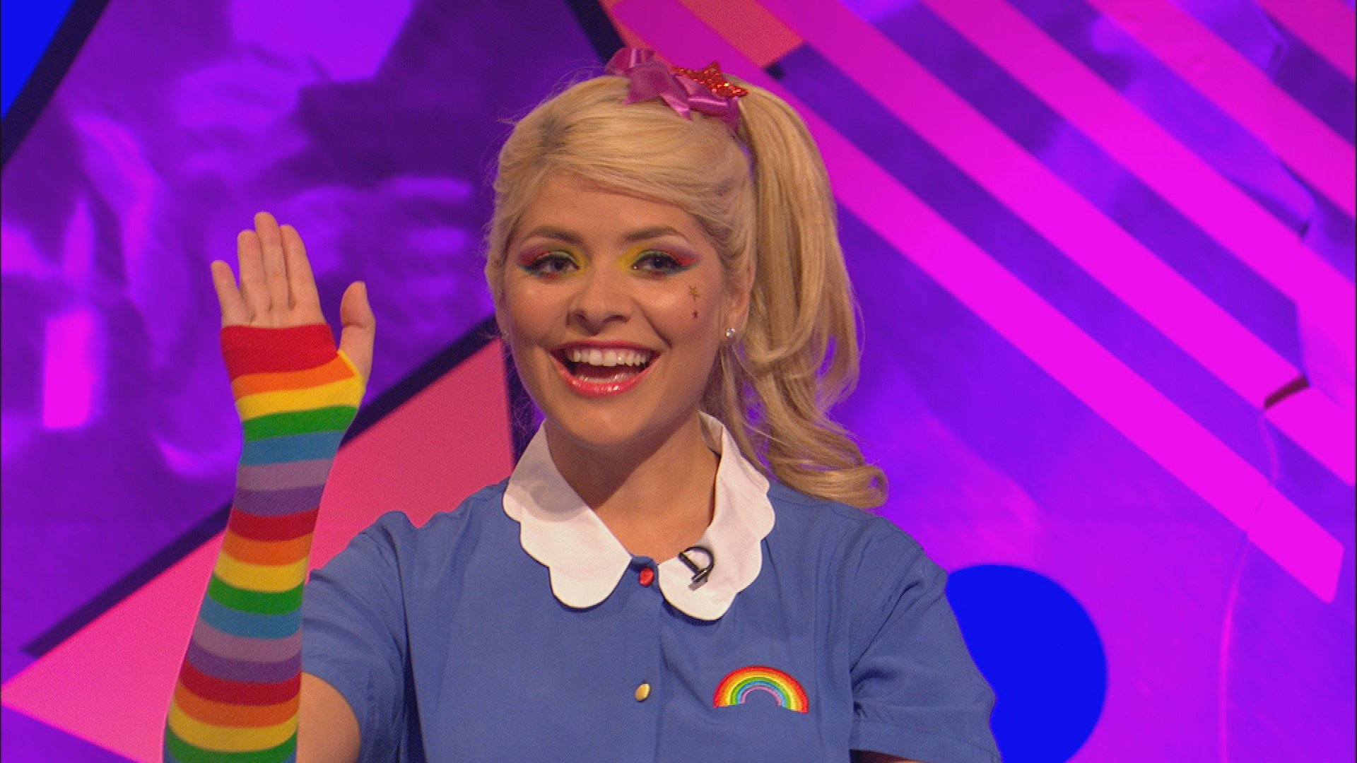 RT @itv2: A big, bright, 80s rainbow. Here's @HollyWills getting into the @CelebJuice 80s special, tonight 10pm @itv2  #80sDay https://t.co…
