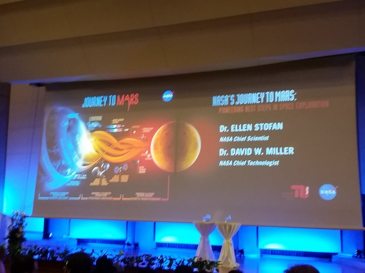 #NASA at #tuberlin today. I'm already pretty excited #space #mars https://t.co/w06KuBTFGp