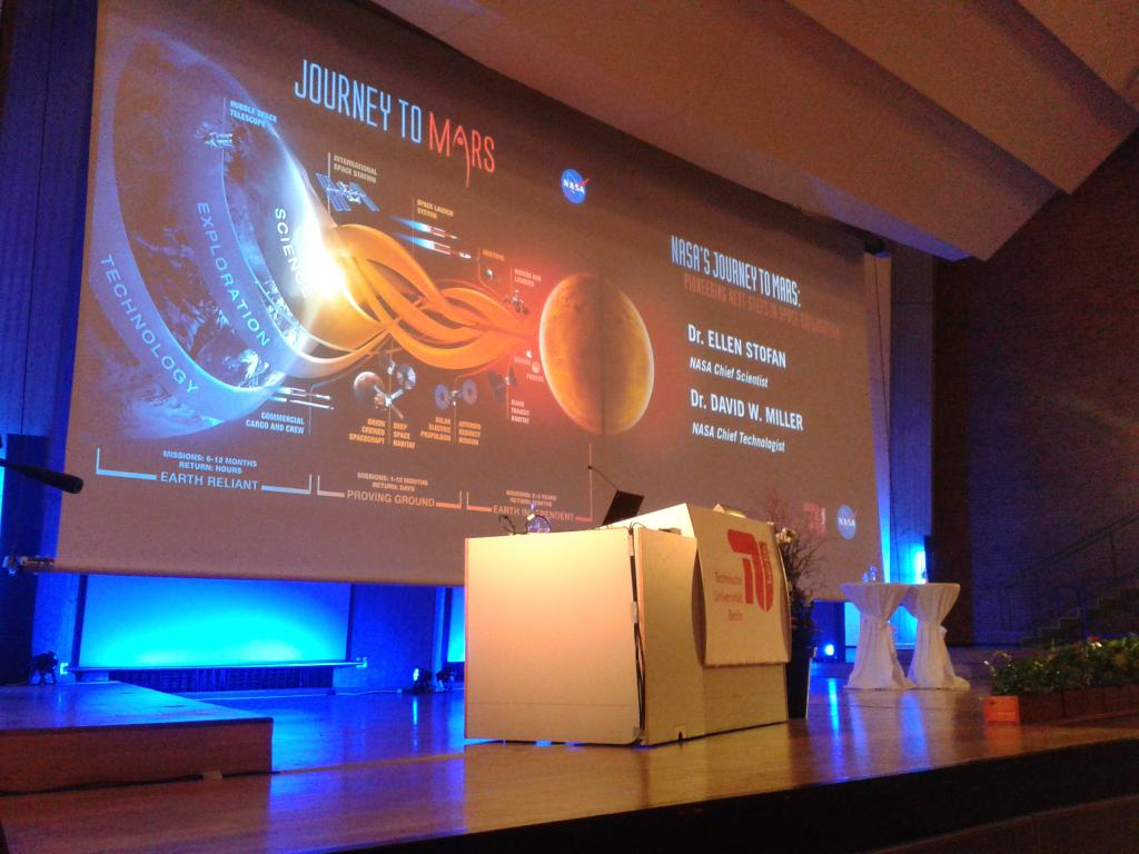 T-10 #NASA 's #JourneyToMars @TUBerlin with Ellen Stofan & David Miller https://t.co/VTKXAIGit3