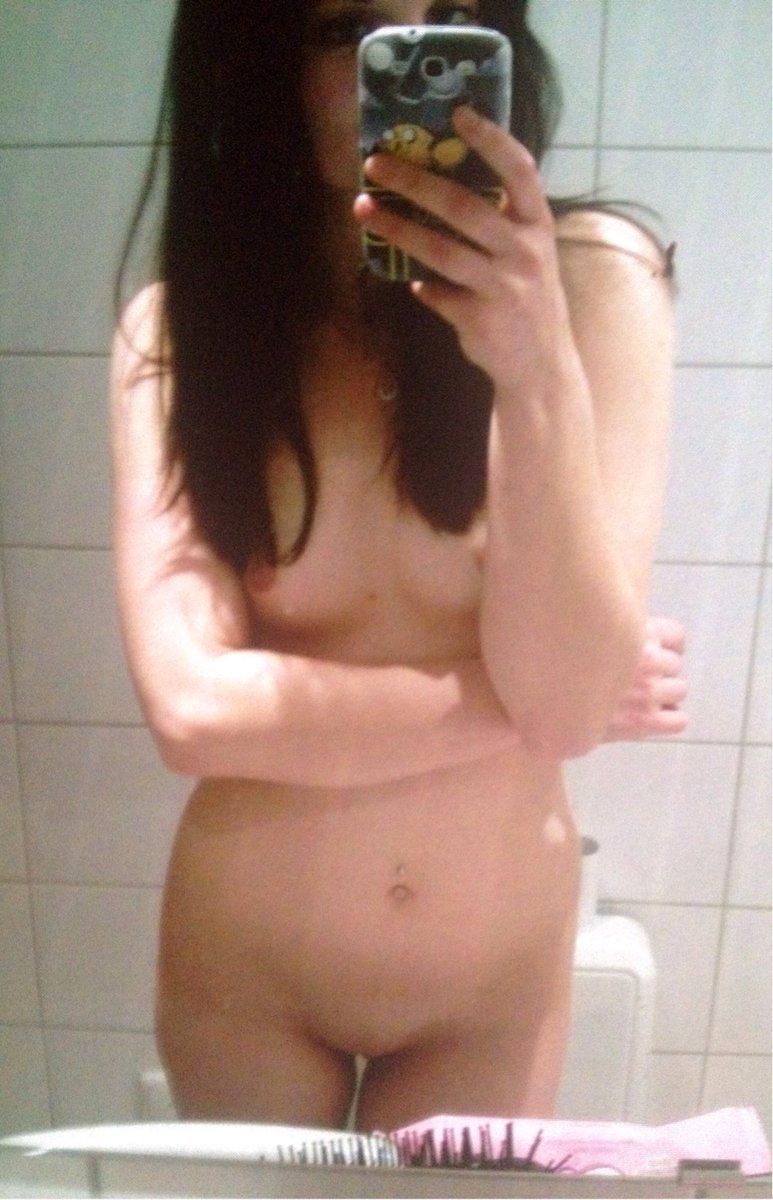 Nude Selfie 5139