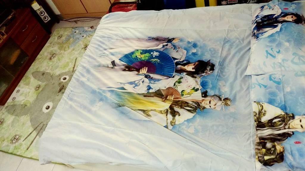 screwdama: 如果滿分是十分,我給我的床跟地毯打九分了啦!!!! #小螺絲 #霹靂 #霹靂布袋戲  #宮崎駿 #龍貓 #台灣 #台南 #screwdama #screw #pili #totoro  #Taiwan #Ta…